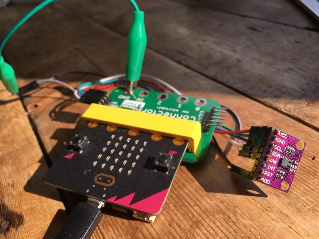 air quality sensor and BBC micro:bit